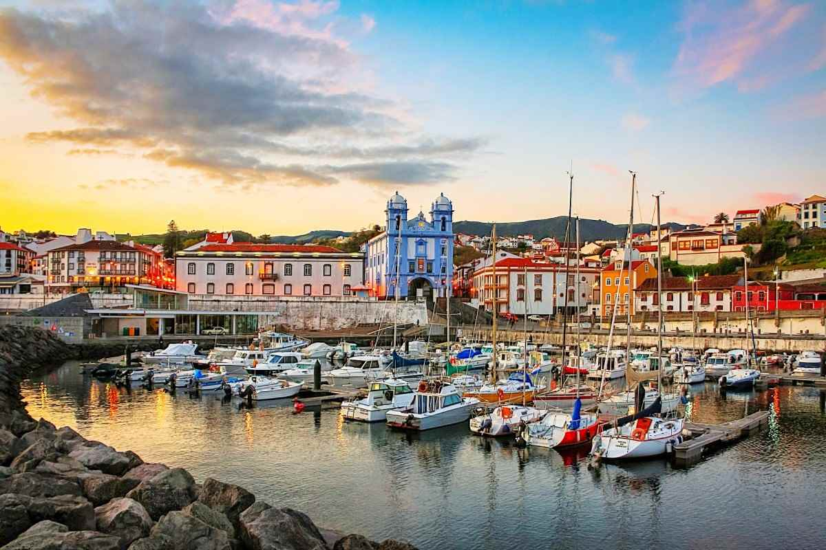 /book/hostels/hotels/angra_do_heroismo/portugal